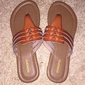 Sonoma leather strap sandals